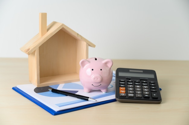 Cálculo de contabilidade financeira calculadora mealheiro e impostos Foto Premium