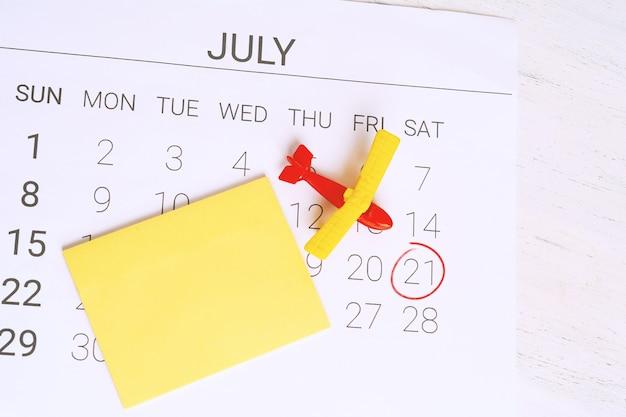 Calendário de verão. Foto Premium