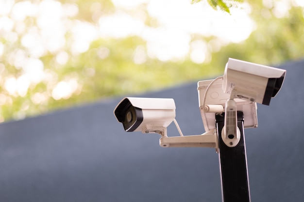 Câmera de segurança, cctv, segurança em primeiro lugar Foto Premium
