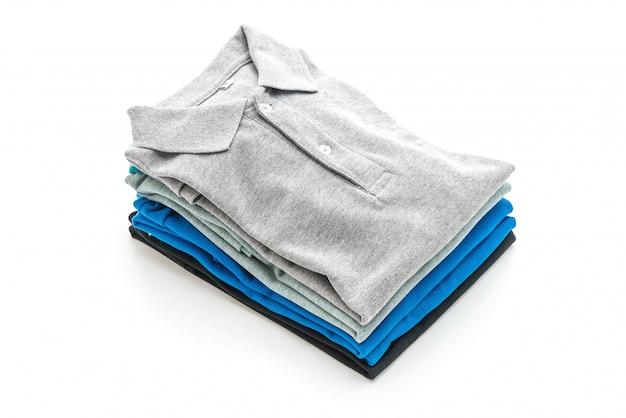 Camisa dobrada em branco Foto Premium