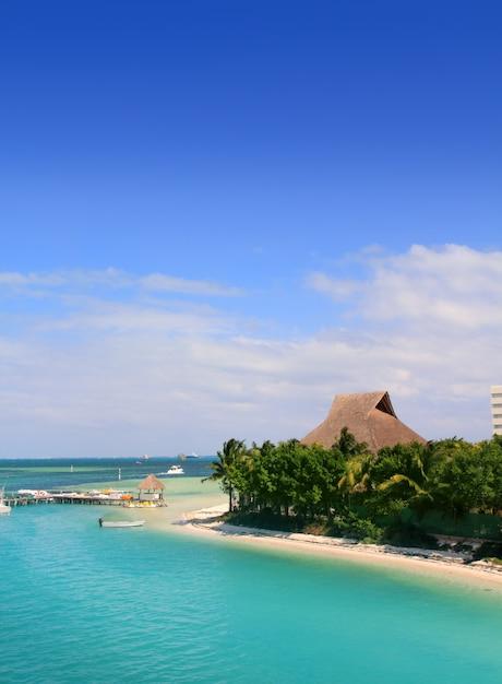 Cancun, lagoa do méxico e mar do caribe Foto Premium