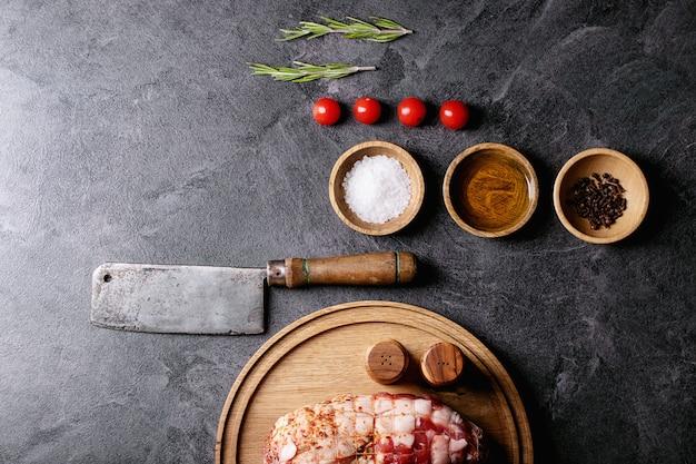 Carne de porco crua Foto Premium