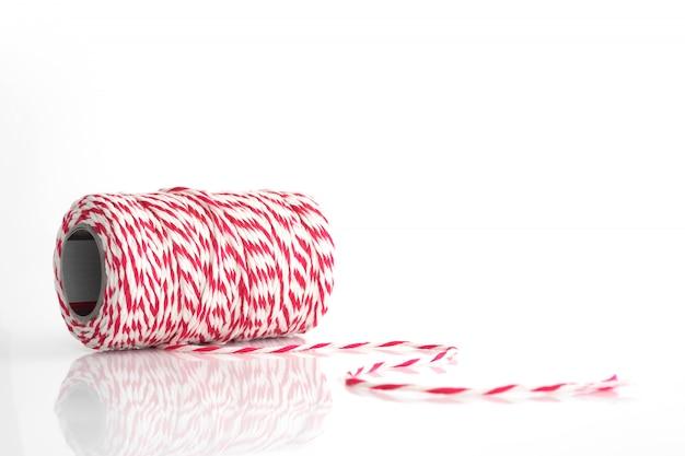 Carretel de corda vermelha e branca Foto Premium