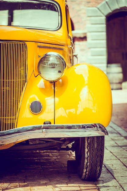 Carro da lâmpada do farol Foto gratuita
