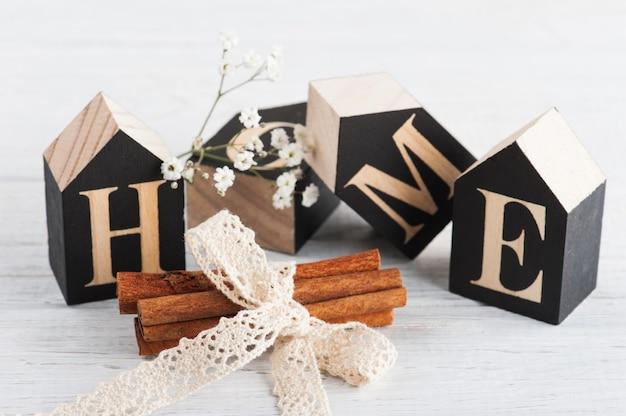 Carta de canela e madeira hmeo Foto Premium