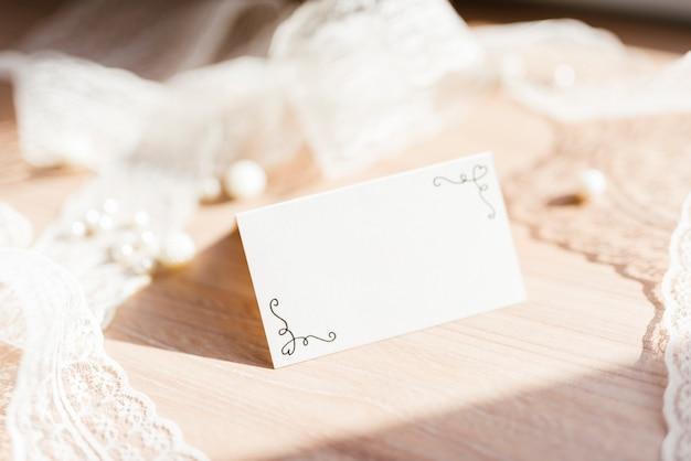 Cartão de casamento delicado Foto gratuita