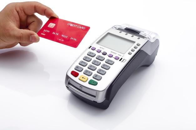 Cartão de crédito e terminal pos em branco Foto Premium