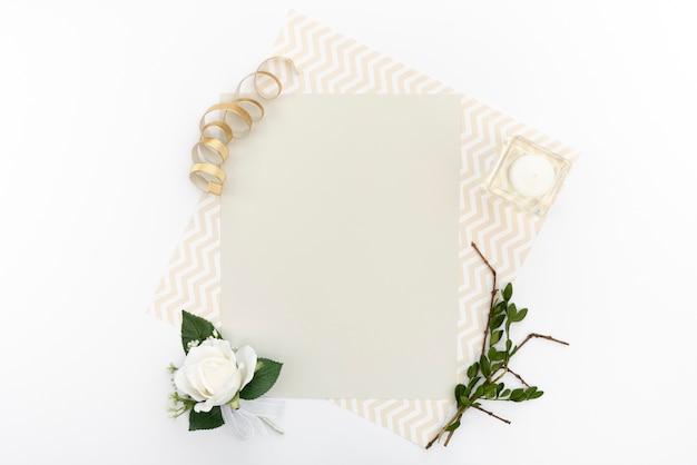 Cartão de saudação de casamento de vista superior Foto gratuita