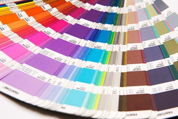 Cartela de cores pantone aberta Foto Premium