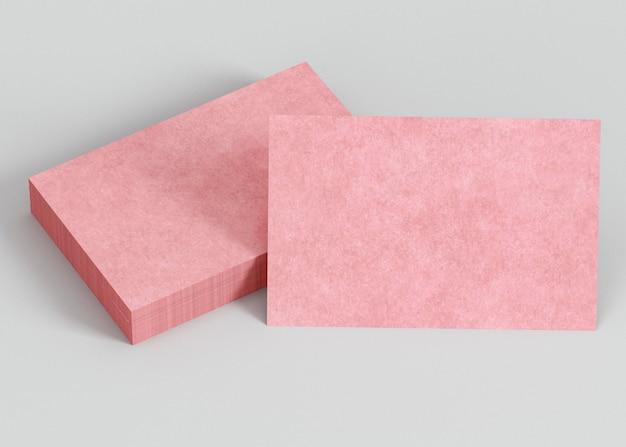 Cartões de visita de cópia rosa Foto gratuita