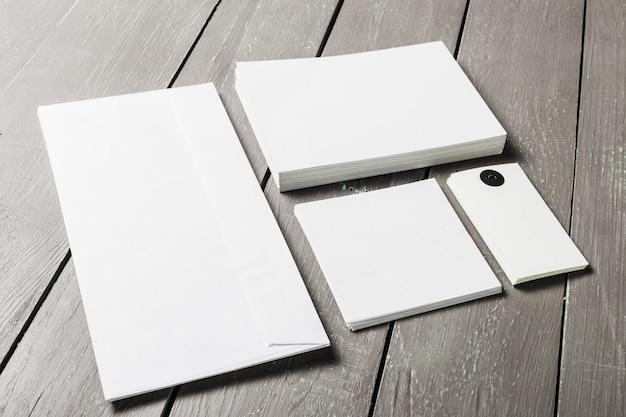 Cartões de visita em branco maquete Foto Premium