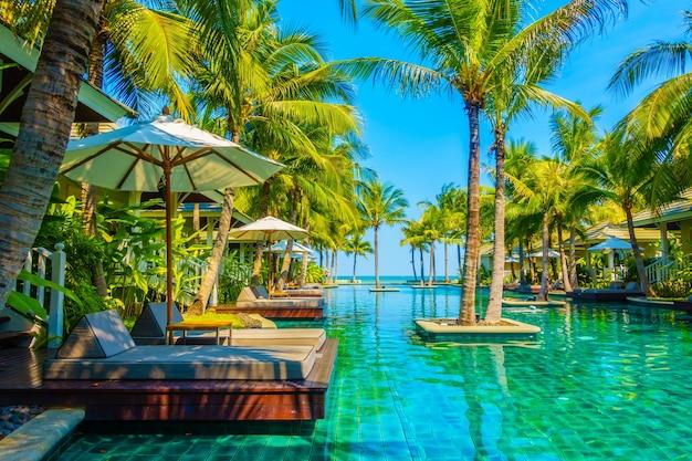 Casa Paisagem Piscina De Relaxamento Jardim Baixar Fotos