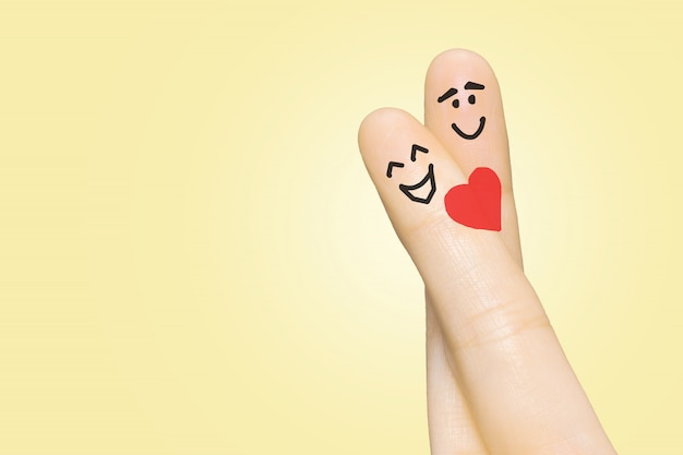 Casal apaixonado com os dedos Foto Premium