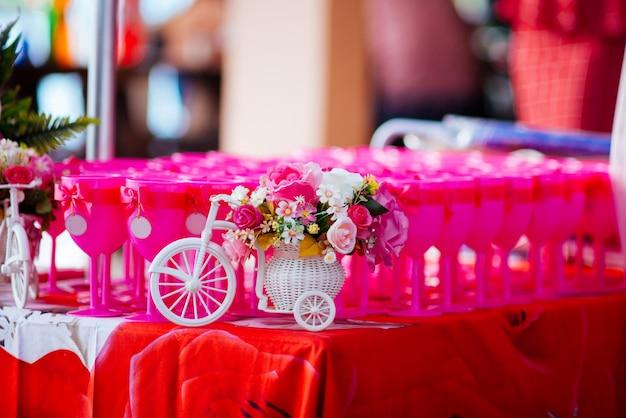 Casamento lésbico de conceito Foto gratuita