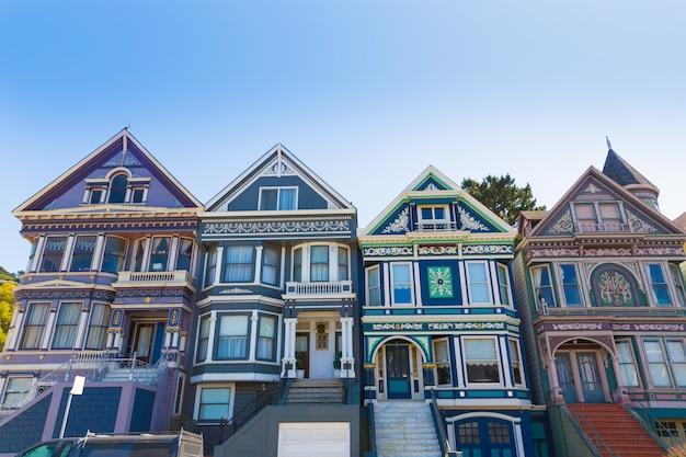 Casas vitorianas de são francisco em haight ashbury califórnia Foto Premium