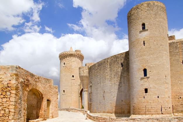 Castelo castillo de bellver em maiorca em palma de maiorca Foto Premium
