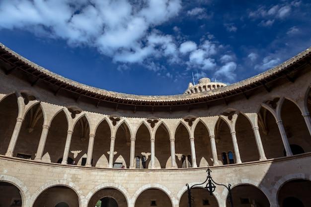 Castelo de bellver, palma de maiorca, espanha Foto Premium