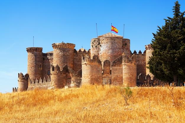 Castelo mudéjar em belmonte Foto gratuita