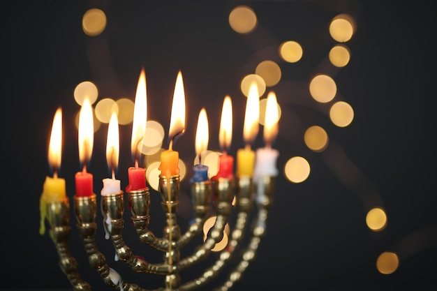 Castiçal de hanukkah Foto gratuita