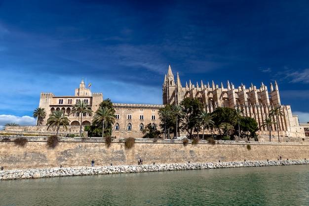 Catedral la seu palma de mallorca Foto Premium