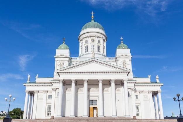 Catedral luterana em helsinque Foto Premium