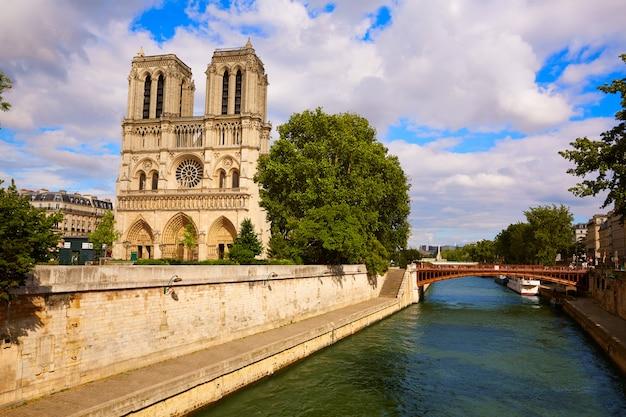 Catedral notre dame, em, frança paris Foto Premium