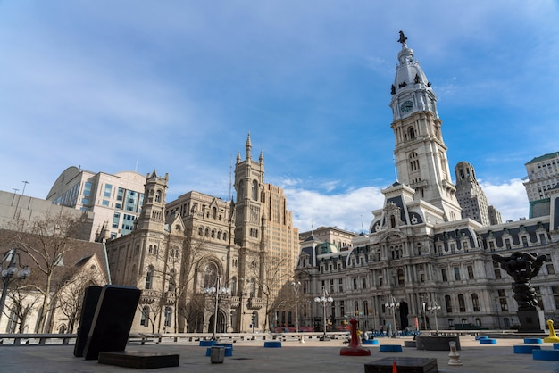 Cena, de, filadélfia, prefeitura, maçônico, templo, e, arqueie rua, unida, metodista, igreja Foto Premium