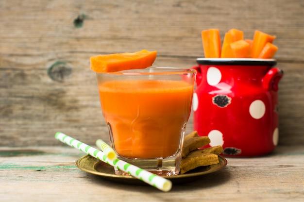 Cenoura fresca de comida saudável Foto Premium