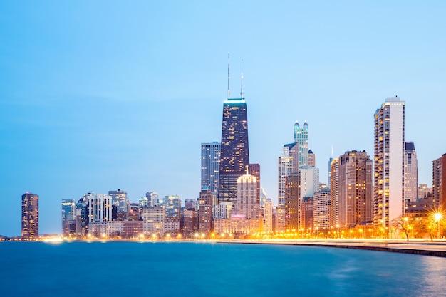Centro de chicago e lago michigan Foto Premium