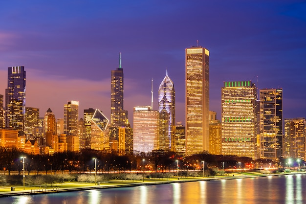 Centro de chicago e lago michigan Foto Premium