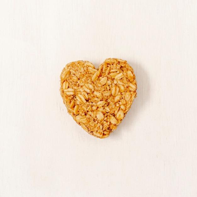 Cereal de forma de coração de close-up Foto gratuita