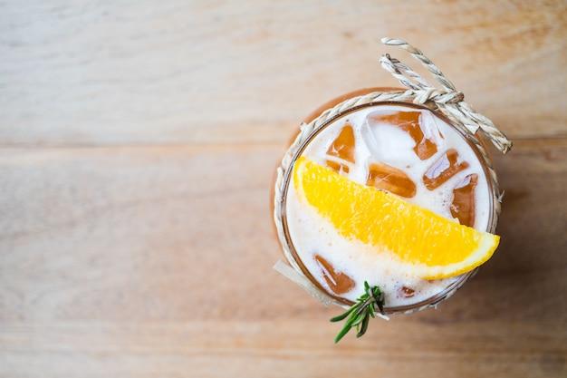 Chá gelado de limão Foto gratuita