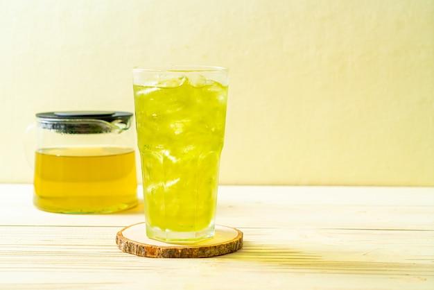Chá verde japonês gelado Foto Premium
