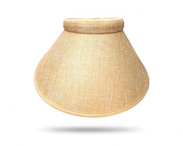 Chapéu de palha isolado no fundo branco. estilo de boné de viseira para menina. Foto Premium
