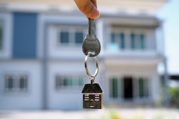 Chave de casa. alugar uma casa, comprar e vender ideias Foto Premium