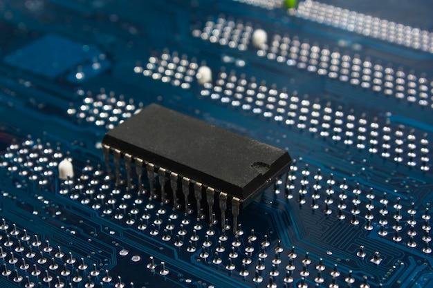 Chip na placa eletrônica Foto Premium