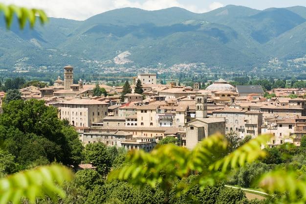 Cidade de rieti, no lácio, itália. paisagem urbana, vista de cima Foto Premium