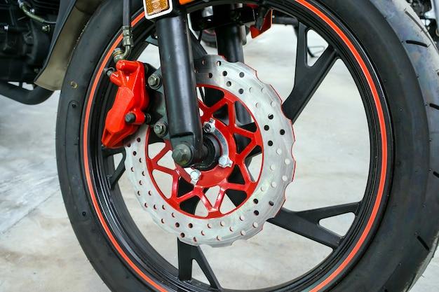 Cima, de, modernos, vermelho, motorbike, freio, fundo Foto Premium