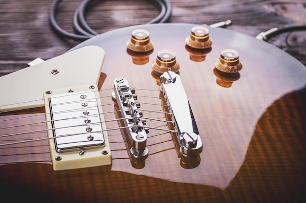 Cima, de, música, violão Foto Premium