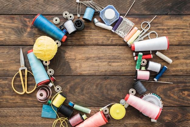 Círculo de suprimentos de costura Foto Premium