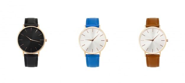 Clássico mulheres ouro relógio mostrador preto, pulseira de couro, isolar em fundo branco Foto Premium