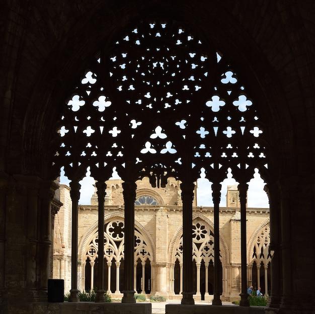 Claustro da catedral de lleida la seu vella lleida catalunha espanha Foto Premium