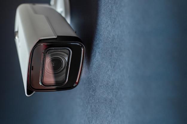 Close de câmera de cctv. sistema de segurança. Foto Premium