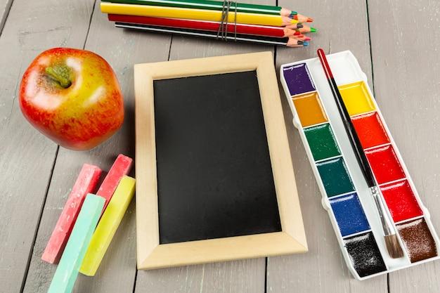 Close de papelaria escolar Foto Premium