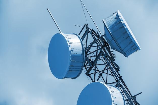 Close up da antena celular Foto gratuita