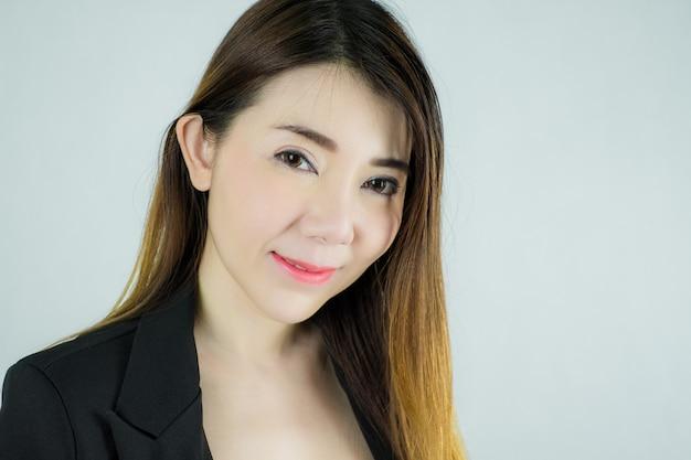 Close-up da bela empresária asiática Foto Premium