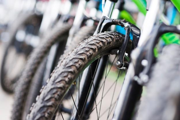 Close-up, de, bicicleta, em, um, loja bicicleta Foto gratuita