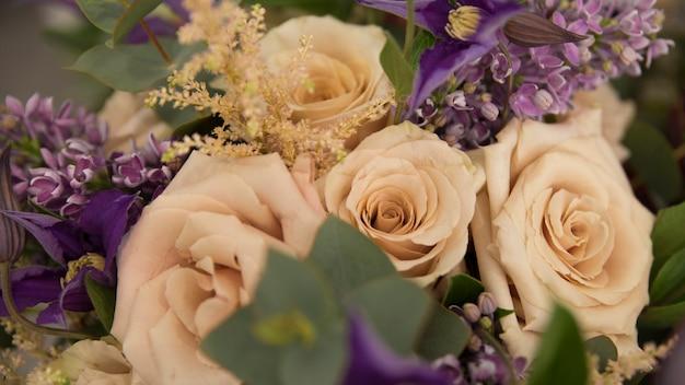 Close-up, de, flor bonita, buquê rosa Foto gratuita