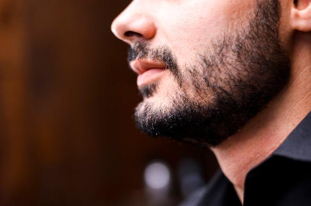 Close-up, de, freshly, aparado, barba Foto gratuita