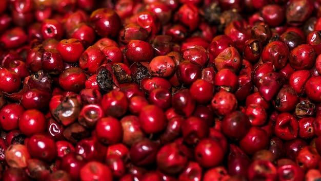 Close-up de pimenta vermelha no mercado Foto gratuita